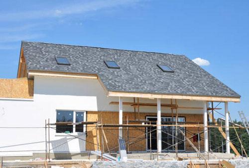 Aislamientos termicos y acusticos. Paneles aplicados en la fachada