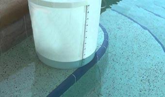 Arreglar filtraciones en la piscina