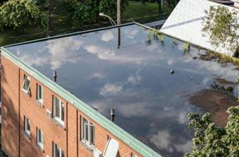 Cuando el agua se queda en el techo