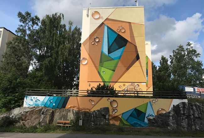 Arte y graffitis sobre fachadas