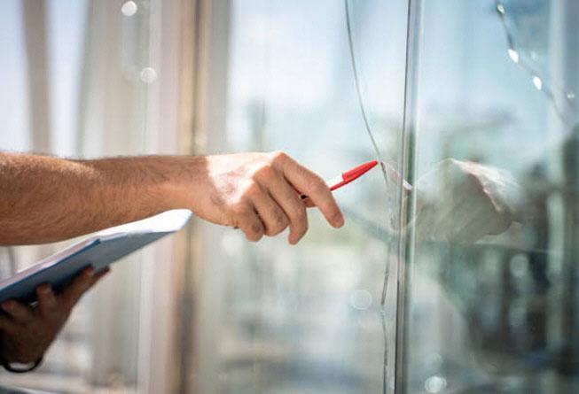 Rotura de vidrios en las aberturas por movimiento de la vivienda