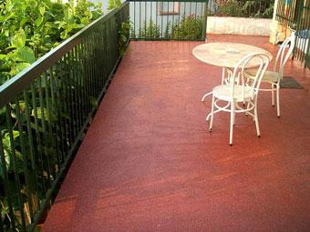 Impermeabilización de caucho líquido sin quitar el suelo existente
