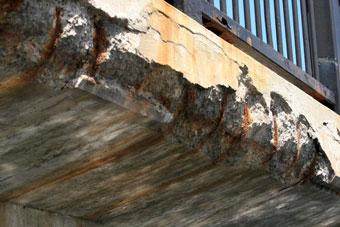 La poliurea protegiendo al hormigón. Contaminación y carbonatación