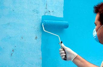 Pintar una piscina de hormigón
