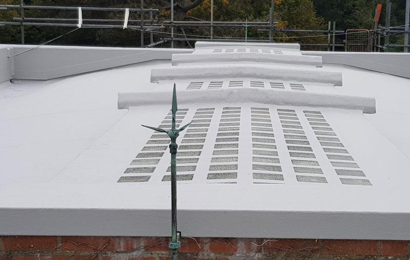 Impermeabilización traslúcida de la cubierta de la planta de tratamiento