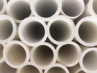 Plásticos en la construcción: responsabilidad ambiental - 340T