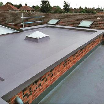 Renovación del techo de la escuela