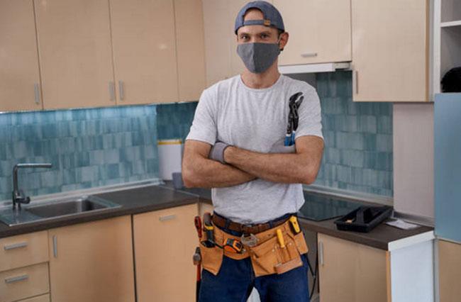 Trabajador autónomo reparador