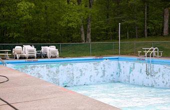 Revestimiento de la piscina: el enlucido del vaso