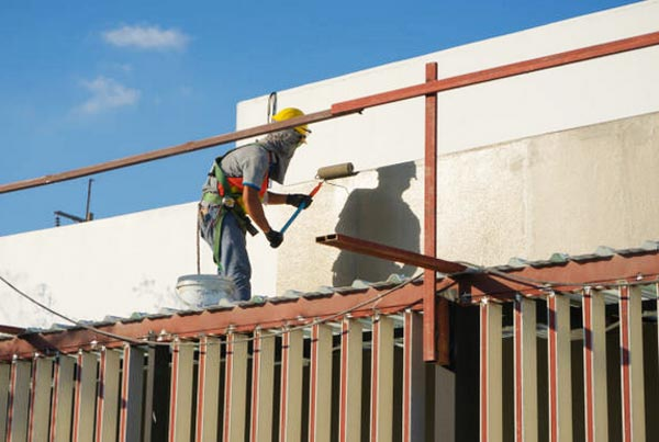 Impermeabilizando el muro de la fachada