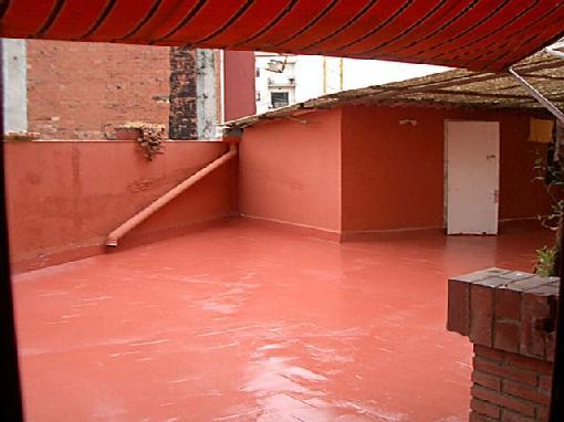 Protección impermeable de cubierta con baldosas