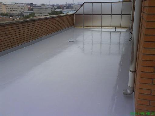 Impermeabilización poliurea poliuretano sin extraer baldosas