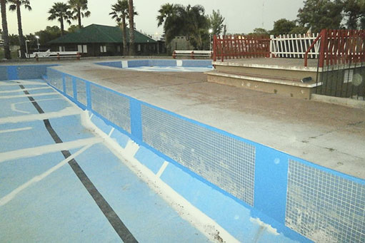 Impermeabilización y reparación de una piscina de grandes dimensiones