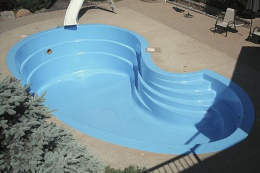 Impermeabilización y reparación de una piscina premoldeada