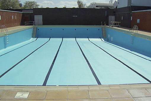 Impermeabilización y reparación del vaso de la piscina